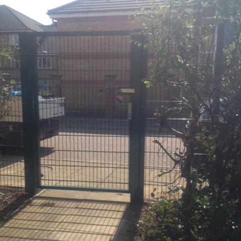 Steel Mesh Fence Installation Bedfordshire